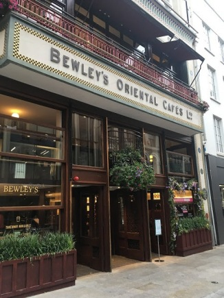 Bewley's on Grafton St. Coffee anyone?