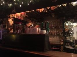 Xmas Pub 15